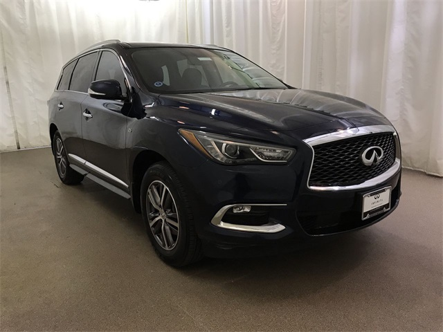 Certified Pre-Owned 2017 INFINITI QX60 AWD with Premium Plus