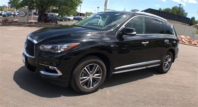 Certified Pre-Owned 2017 INFINITI QX60 Premium with Premium Plus Pkg