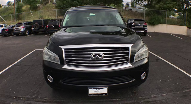 Pre-Owned 2012 INFINITI QX56 4WD w/ 22's and DVDs