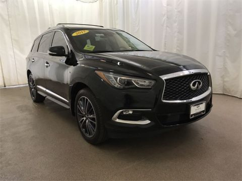 2017 INFINITI QX60 AWD w/ Deluxe Tech Pkg and DVDs